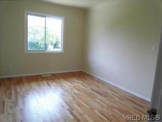 Photo 16: 1607 Chandler Ave in VICTORIA: Vi Fairfield East Half Duplex for sale (Victoria)  : MLS®# 504379