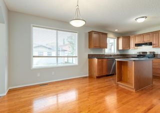 Photo 11: 104 Prestwick Drive SE in Calgary: McKenzie Towne Detached for sale : MLS®# A1127955