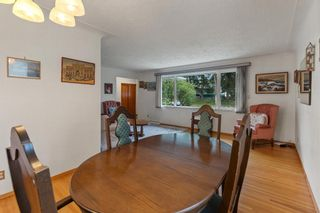 Photo 8: 21 Cadogan Road NW in Calgary: Cambrian Heights Detached for sale : MLS®# A1138716