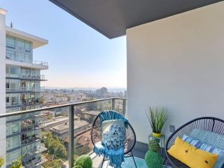 """Photo 14: 1606 1320 CHESTERFIELD Avenue in North Vancouver: Central Lonsdale Condo for sale in """"Vista Place"""" : MLS®# R2355353"""