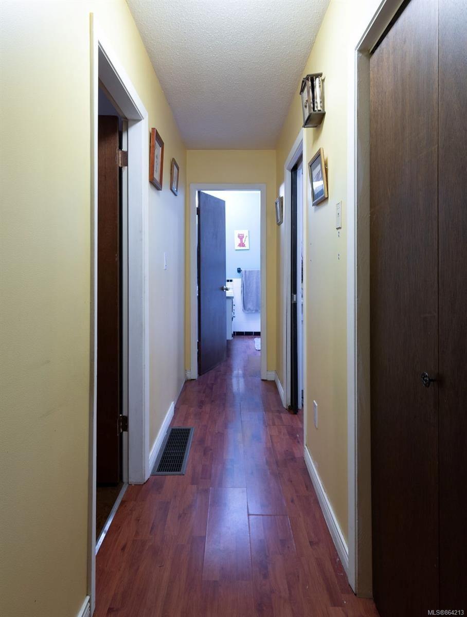 Photo 12: Photos: 2978 Woodridge Pl in : Hi Eastern Highlands House for sale (Highlands)  : MLS®# 864213
