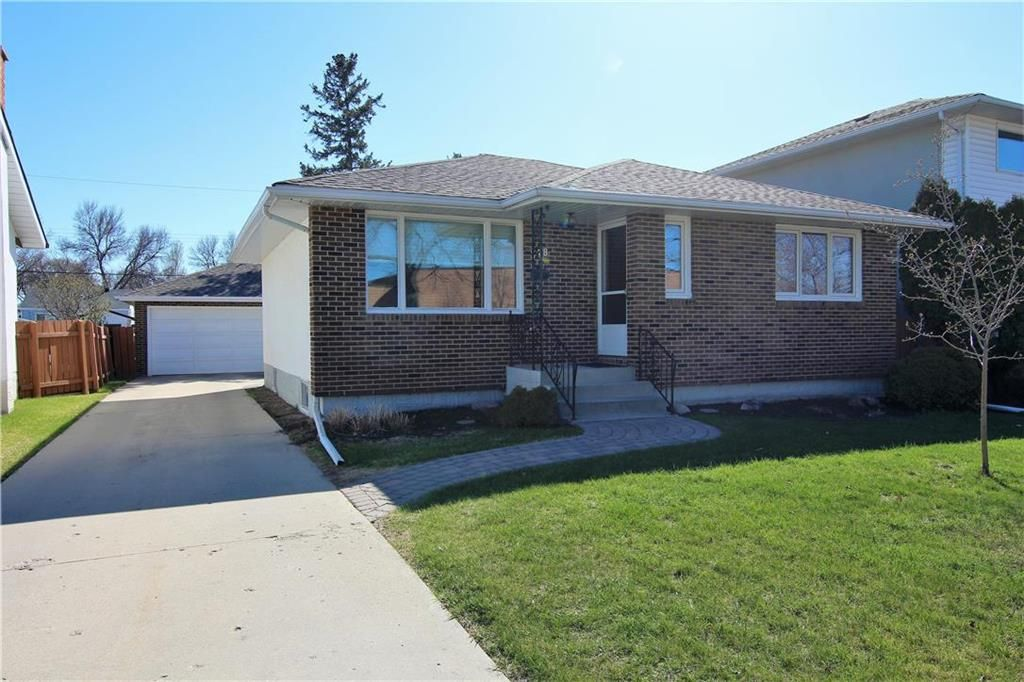 Main Photo: 378 Hawthorne Avenue in Winnipeg: Residential for sale (3F)  : MLS®# 202111293