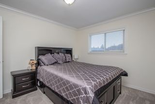 Photo 14: 5886 168 Street in Surrey: Cloverdale BC House for sale (Cloverdale)  : MLS®# R2533116