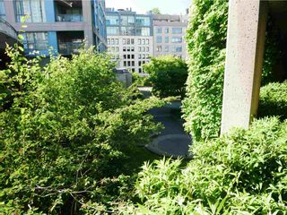 """Photo 7: 511 555 ABBOTT Street in Vancouver: Downtown VW Condo for sale in """"PARIS PLACE"""" (Vancouver West)  : MLS®# R2595361"""