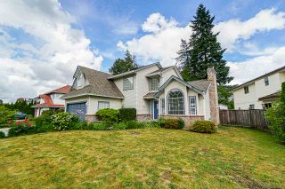 Photo 1: 9254 153 Street in Surrey: Fleetwood Tynehead House for sale : MLS®# R2381135