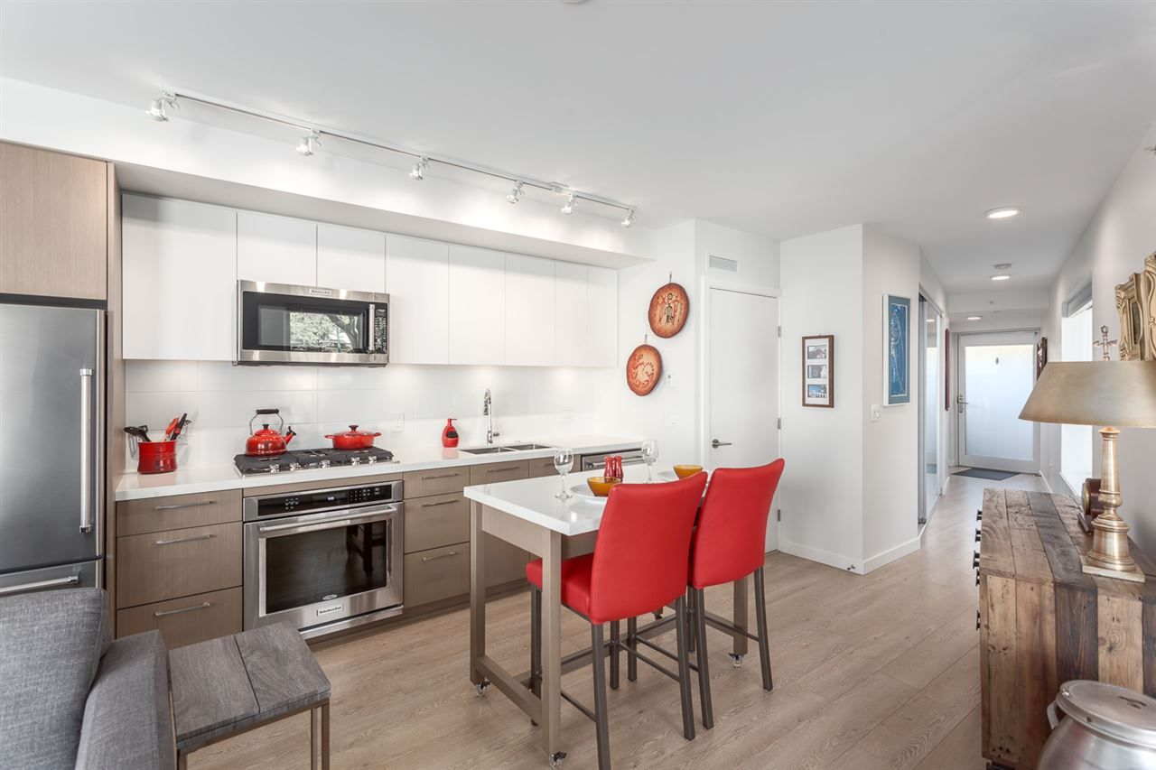 """Main Photo: 403 GREAT NORTHERN Way in Vancouver: Mount Pleasant VE Townhouse for sale in """"Canvas"""" (Vancouver East)  : MLS®# R2163692"""