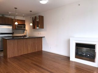 """Photo 6: 703 1199 SEYMOUR Street in Vancouver: Downtown VW Condo for sale in """"BRAVA"""" (Vancouver West)  : MLS®# R2254163"""