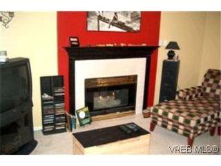 Photo 2:  in VICTORIA: Vi Burnside Condo for sale (Victoria)  : MLS®# 382946