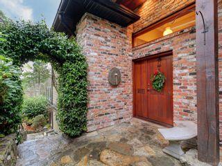Photo 3: 8 915 Glen Vale Rd in Esquimalt: Es Gorge Vale House for sale : MLS®# 843551