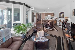 """Photo 3: 1210 68 SMITHE Street in Vancouver: Downtown VW Condo for sale in """"ONE Pacific"""" (Vancouver West)  : MLS®# R2405438"""
