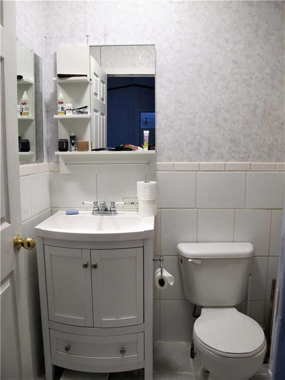 Photo 19: Photos: : St Laurent Residential for sale (R19)  : MLS®# 1905086