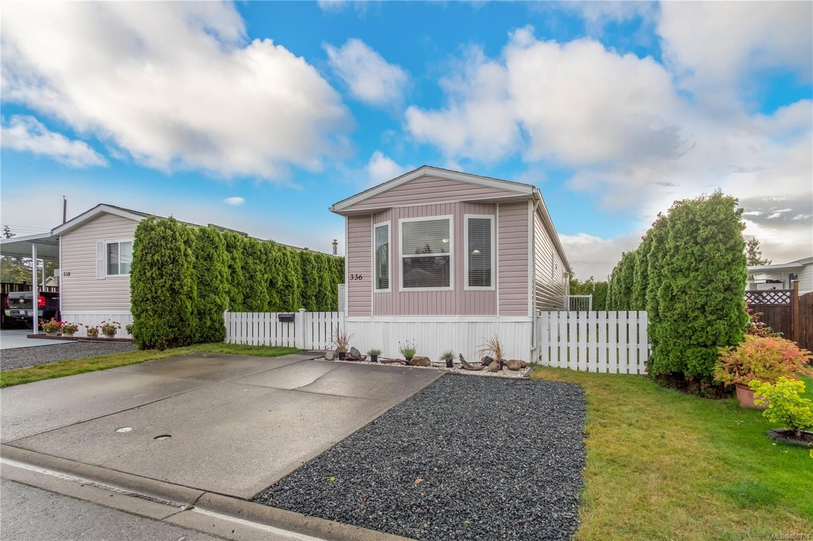 Main Photo: 336 Myrtle Cres in : Na South Nanaimo Manufactured Home for sale (Nanaimo)  : MLS®# 856734