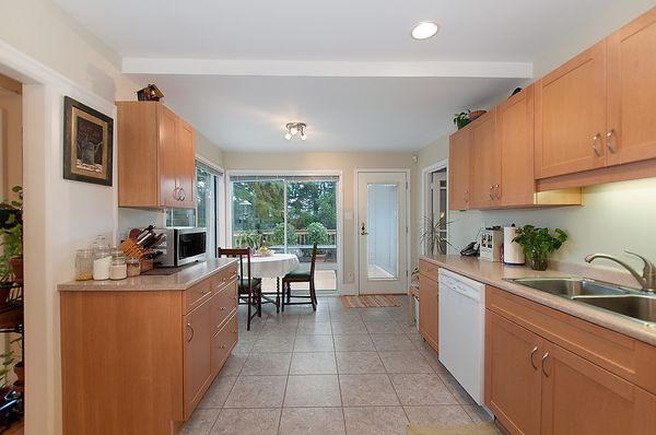 Photo 12: Photos: 4073 W 19TH Avenue in Vancouver: Dunbar House for sale (Vancouver West)  : MLS®# V995201
