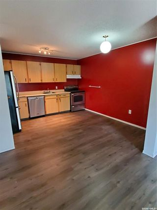 Photo 10: 308 306 Perkins Street in Estevan: Hillcrest RB Residential for sale : MLS®# SK866326