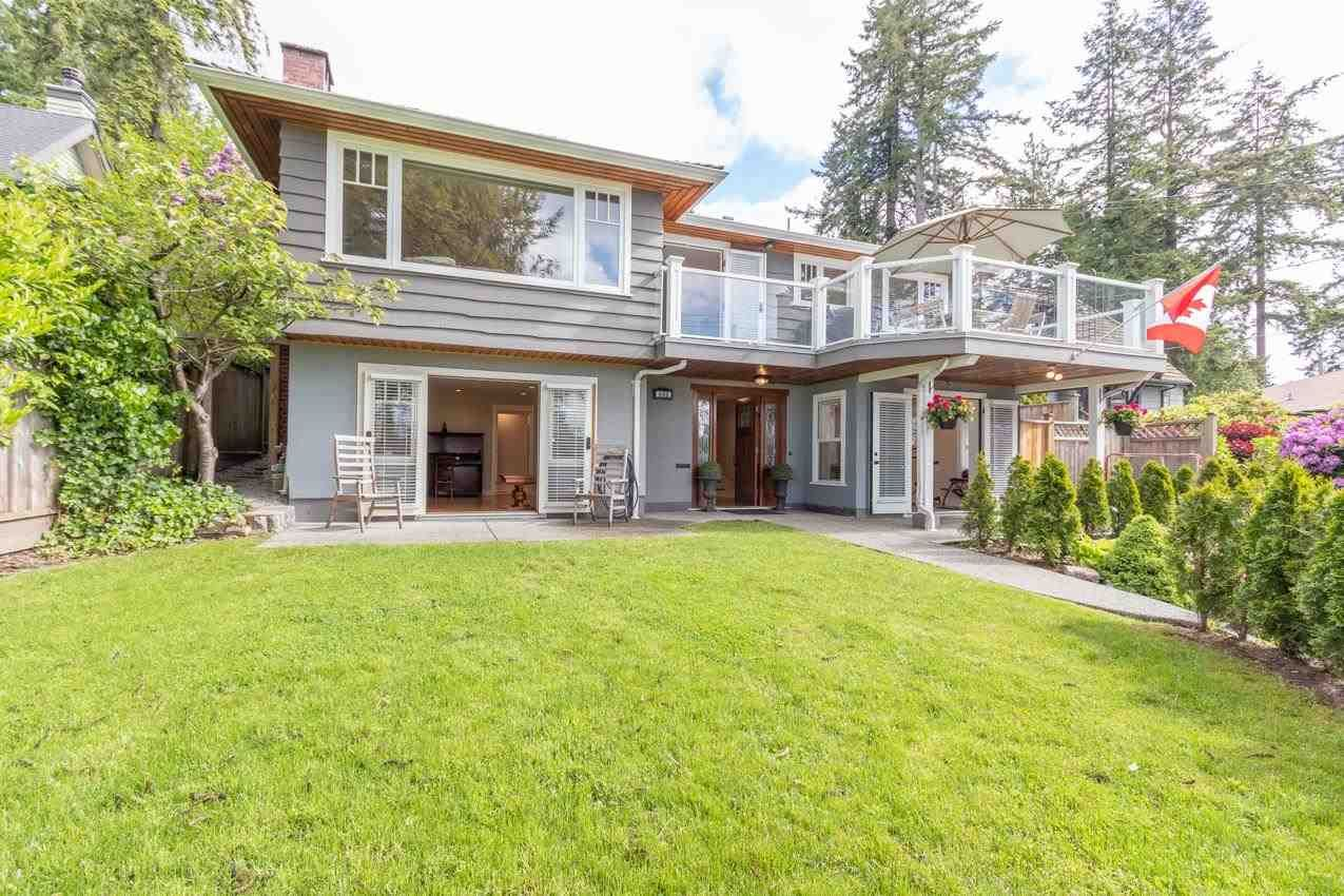 Main Photo: 440 SOMERSET Street in North Vancouver: Upper Lonsdale House for sale : MLS®# R2583575