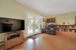 Photo 14: 15049 19A Avenue in Surrey: Sunnyside Park Surrey House for sale (South Surrey White Rock)  : MLS®# R2580183