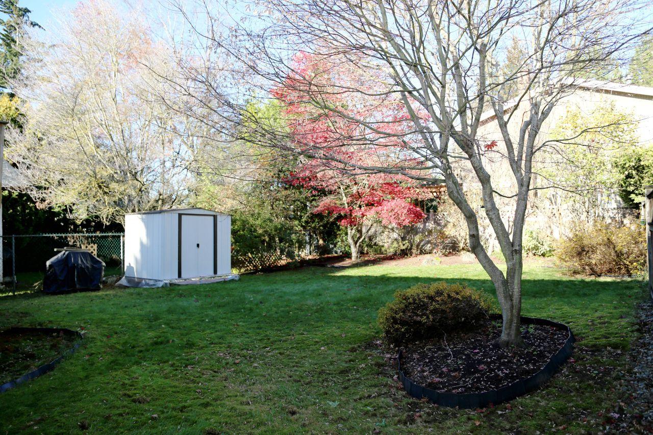 "Photo 24: Photos: 34907 GLENN MOUNTAIN Drive in Abbotsford: Abbotsford East House for sale in ""Glenn Mountain"" : MLS®# R2323820"