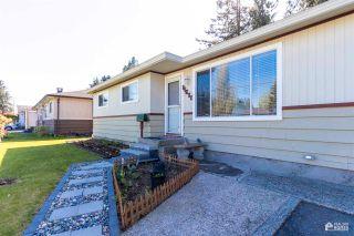 Photo 2: 11677 STEEVES Street in Maple Ridge: Southwest Maple Ridge House for sale : MLS®# R2569720