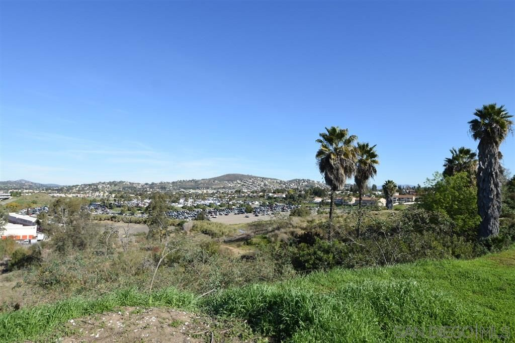 Main Photo: SPRING VALLEY Property for sale: 8840 Leigh Ave in Sping Valley