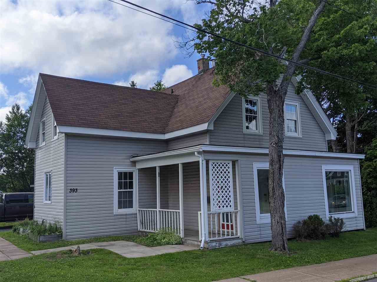 Main Photo: 393 Nelson Street in New Glasgow: 106-New Glasgow, Stellarton Residential for sale (Northern Region)  : MLS®# 202013435