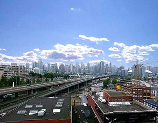 """Photo 2: 802 2055 YUKON Street in Vancouver: Mount Pleasant VW Condo for sale in """"MONTREUX"""" (Vancouver West)  : MLS®# V731923"""