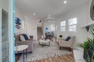 Photo 3: MISSION BEACH House for sale : 2 bedrooms : 801 Whiting Ct in San Diego