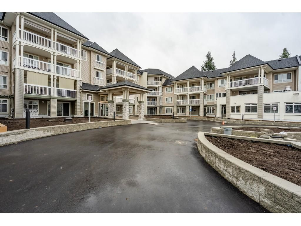 "Main Photo: 405 22022 49 Avenue in Langley: Murrayville Condo for sale in ""Murray Green"" : MLS®# R2533528"
