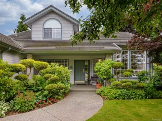 Photo 10: 879 Eastwicke Cres in COMOX: CV Comox (Town of) House for sale (Comox Valley)  : MLS®# 842967