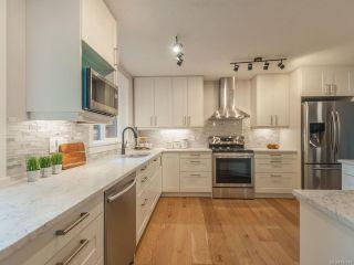Photo 15: 527 Cleek Close in QUALICUM BEACH: PQ Qualicum Beach House for sale (Parksville/Qualicum)  : MLS®# 834034