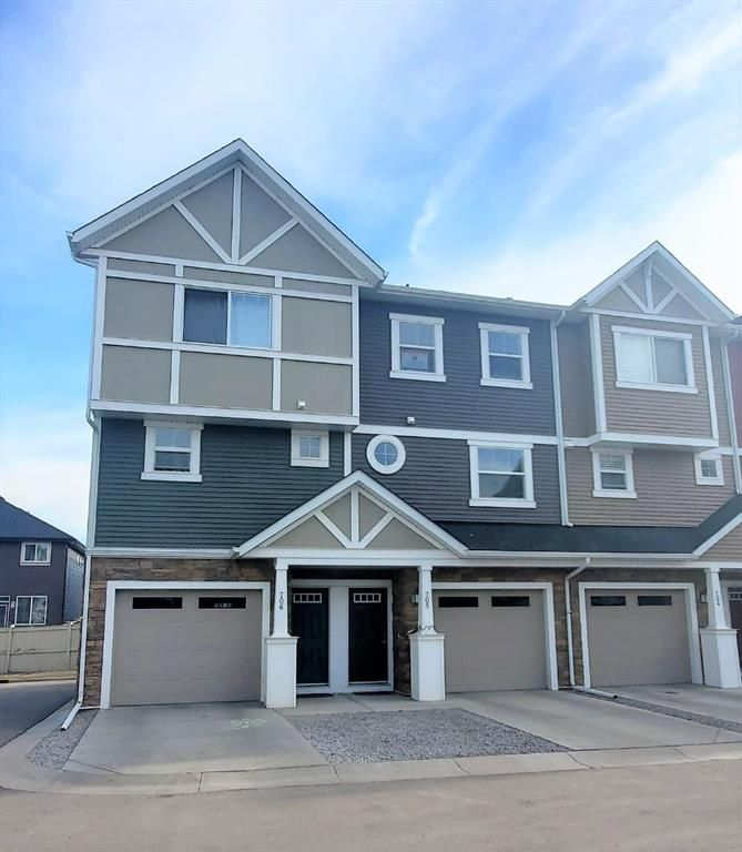 Main Photo: 705 1225 Kings Heights Way SE: Airdrie Row/Townhouse for sale : MLS®# A1080380
