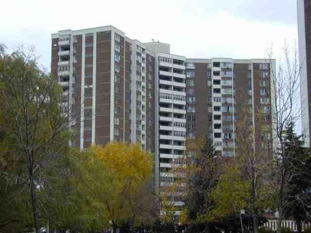 Main Photo:  in Toronto: Condo for sale (E03: TORONTO)  : MLS®# E1678893