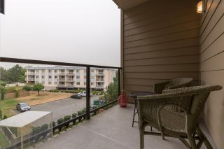 """Photo 19: 312 20219 54A Avenue in Langley: Langley City Condo for sale in """"Suede"""" : MLS®# R2202360"""
