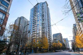 "Photo 1: PH2404 1010 RICHARDS Street in Vancouver: Yaletown Condo for sale in ""Gallery"" (Vancouver West)  : MLS®# R2420892"