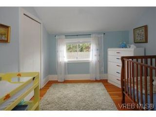Photo 13: 1044 Redfern St in VICTORIA: Vi Fairfield East House for sale (Victoria)  : MLS®# 518219