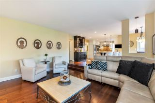 """Photo 15: 5837 189 Street in Surrey: Cloverdale BC House for sale in """"Rosewood Park"""" (Cloverdale)  : MLS®# R2535493"""