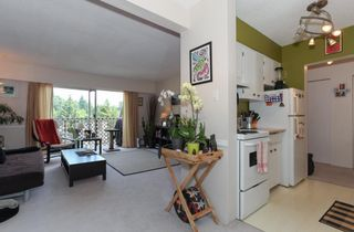 """Photo 7: 63 2002 ST JOHNS Street in Port Moody: Port Moody Centre Condo for sale in """"PORT VILLAGE"""" : MLS®# R2197054"""