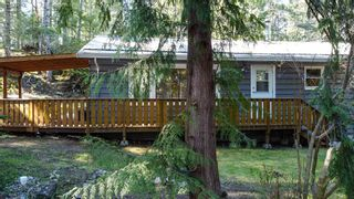 """Photo 22: 12715 LAGOON Road in Madeira Park: Pender Harbour Egmont House for sale in """"PENDER HARBOUR"""" (Sunshine Coast)  : MLS®# R2567037"""