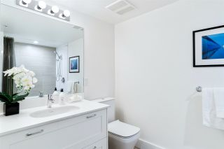 """Photo 14: 410 131 E 3RD Street in North Vancouver: Lower Lonsdale Condo for sale in """"THE ANCHOR"""" : MLS®# R2505772"""