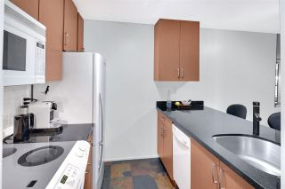 """Photo 9: 402 1040 PACIFIC Street in Vancouver: West End VW Condo for sale in """"Chelsea Terrace"""" (Vancouver West)  : MLS®# R2239009"""