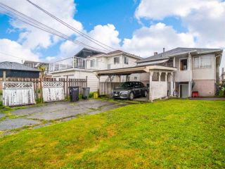 Photo 2: 2095 E 52ND Avenue in Vancouver: Killarney VE House for sale (Vancouver East)  : MLS®# R2585772