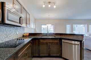 Photo 19: 2336 SPARROW Crescent in Edmonton: Zone 59 House for sale : MLS®# E4240550