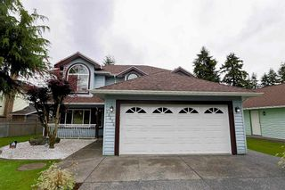 """Photo 2: 15676 84A Avenue in Surrey: Fleetwood Tynehead House for sale in """"FLEETWOOD"""" : MLS®# R2090516"""