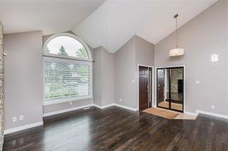 Photo 3: 215 HEAGLE Crescent in Edmonton: Zone 14 House for sale : MLS®# E4241702