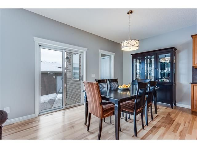 Photo 11: Photos: 46 PRESTWICK Parade SE in Calgary: McKenzie Towne House for sale : MLS®# C4103009