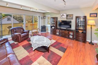 Photo 10: 101 119 Ladysmith St in : Vi James Bay Row/Townhouse for sale (Victoria)  : MLS®# 866911