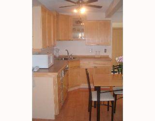 Photo 3: 254 PORTLAND Avenue in WINNIPEG: St Vital Single Family Detached for sale (South East Winnipeg)  : MLS®# 2713049