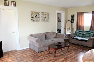 Photo 5: 417 Burrows Avenue West in Melfort: Residential for sale : MLS®# SK810201