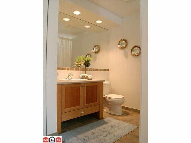 """Photo 8: Photos: 402 15368 16A Avenue in Surrey: King George Corridor Condo for sale in """"OCEAN BAY VILLAS"""" (South Surrey White Rock)  : MLS®# F1018846"""