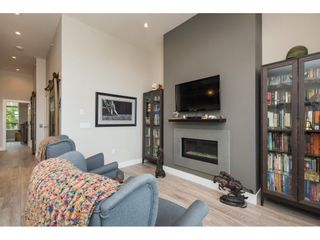 """Photo 8: 204 13585 16 Avenue in Surrey: Crescent Bch Ocean Pk. Townhouse for sale in """"BAYVIEW TERRACE"""" (South Surrey White Rock)  : MLS®# R2259176"""