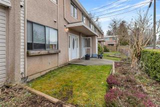 "Photo 3: 8 27090 32 Avenue in Langley: Aldergrove Langley Townhouse for sale in ""Alderwood Manor"" : MLS®# R2555875"